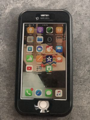 iPhone 8 with charger & waterproof case for Sale in Tampa, FL