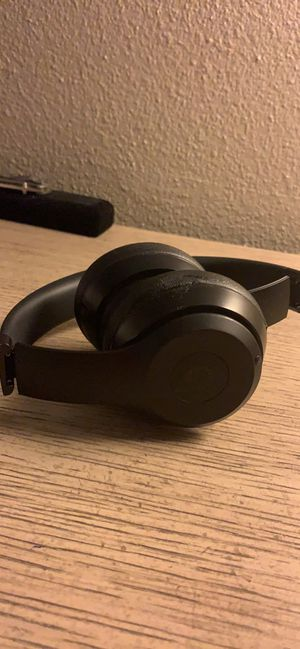 Beats solo 3 wireless for Sale in NEW PRT RCHY, FL