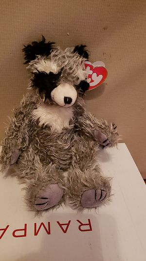 Radcliffe ( Raccoon beanie baby) for Sale in East Wenatchee, WA