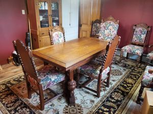 Antique table and chairs bought from chef boyardee mansion for Sale in Turbotville, PA