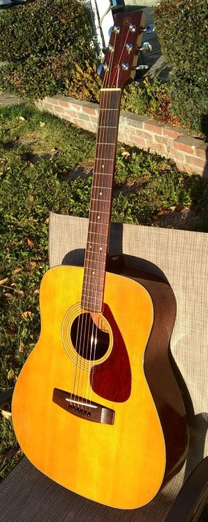 Yamaha 1972 FG-160 - CAHAYA Bohemian Guitar Bag for Sale in Burbank, CA