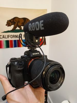 Sony a7II with sel2870 and rode mic for Sale in Baldwin Hills, CA