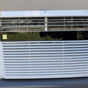 Window AC Unit for Sale in Miami, FL