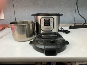 Instant Pot 7 in 1. Programs,6Qt/1000w for Sale in Sunnyvale, CA