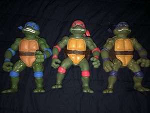 Price dropped 100 pick up only!! Tmnt Giant 13inch movie star for Sale in Plymouth Meeting, PA