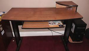 Desk for Sale in Fresno, CA