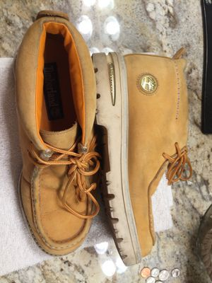 Zapatos usados timberland size 9 for Sale in San Jose, CA