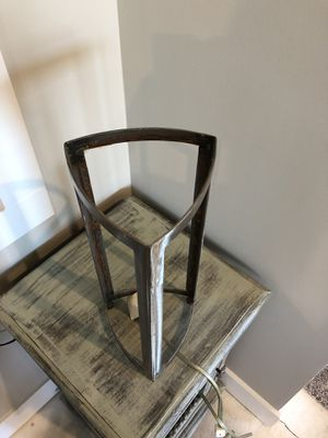 Lamp for refinishing for Sale in Allendale Charter Township, MI