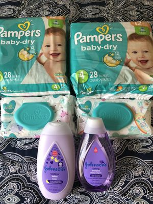 Pampers no 4 , wipes , Johnson and Johnson for Sale in Baldwin Park, CA