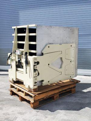 Cascade Forklift Clamp Lift Truck Attachment 2500Lbs Model 25D-CCS-35QR1 Fork Lift for Sale in Doral, FL