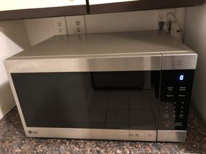 Like New LG Microwave - Paid $250 for Sale in Falls Church, VA