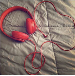 RED BEATS by DR DRE for Sale in Houston, TX