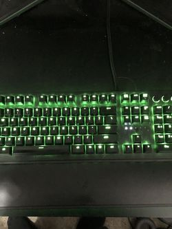 Razor Rgb Keyboard With Wrist Pad for Sale in Long Beach,  CA