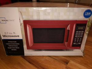 Mainstays (Target) Microwave in Red for Sale in Englewood Cliffs, NJ
