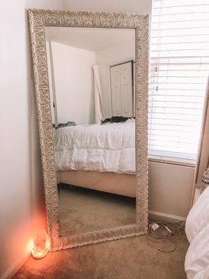 Body mirror/ floor mirror for Sale in Brentwood, NC