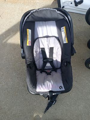 Baby trend car seat for Sale in Des Moines, IA