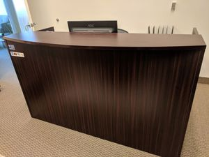 Mahogany Reception Desk Set for Sale in Brandywine, MD
