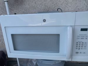 Microwave for Sale in Lakewood, CA