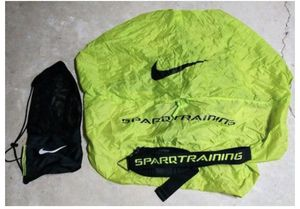 NIKE SPARQ RESISTANCE SPEED RUNNING TRAINING PARACHUTE W/ BELT & STORAGE BAG * for Sale in Miami, FL