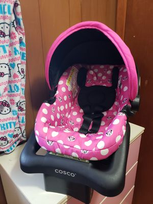 Minnie mouse car seat for Sale in Saint Albans, WV