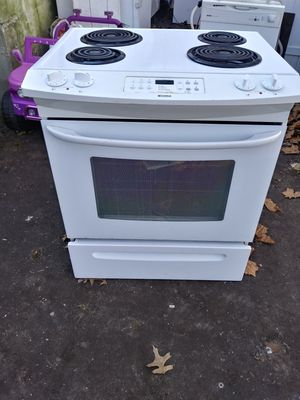 Kenmore Electric Stove for Sale in Norfolk, VA