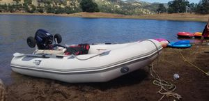 12 Achilles inflatable with 8hp tohatsu for Sale in San Jose, CA