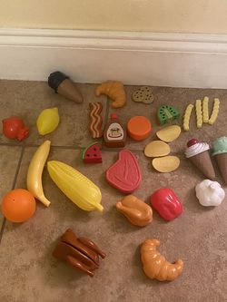 A Bundle Of Toy's Foods for Sale in Miami,  FL