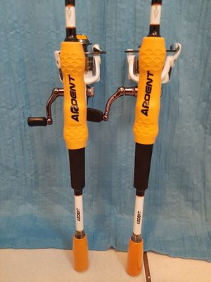 *BRAND NEW* 2-2 PIECE FISHING RODS AND REELS for Sale in Pembroke Pines, FL