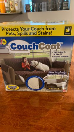 Couch coat for Sale in Baltimore,  MD