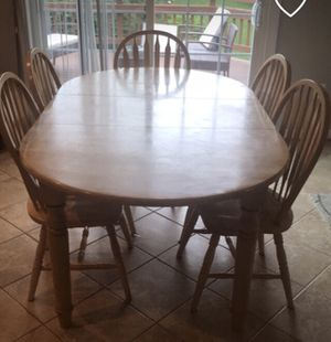 Dining table with 6 kitchen chairs for Sale in Herndon, VA