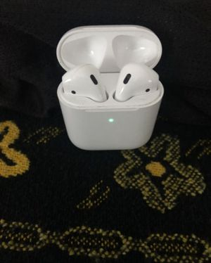 Airpods wireless headphones for Sale in Mount Rainier, MD