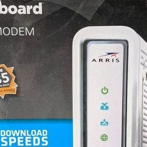 Arris Surfboard SB6141 Cable Modem, Netgear N600 Router for Sale in North Bend, WA