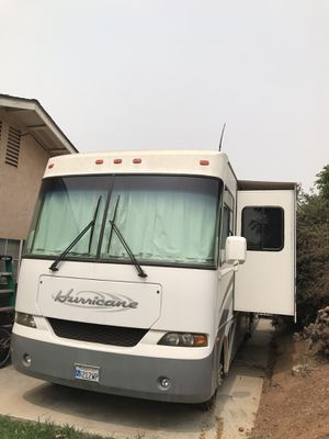 2005 Motorhome Four Winds Hurricane for Sale in Riverside, CA