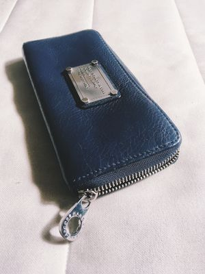 Marc Jacobs wallet leather deep blue for Sale in Los Angeles, CA