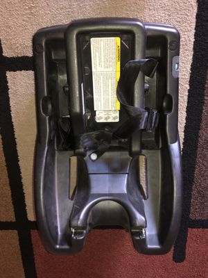 Graco car seat base for Sale in Phoenix, AZ