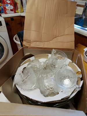 27pc vintage punch bowl set. Concord Harvest by Gibson for Sale in Chattanooga, TN