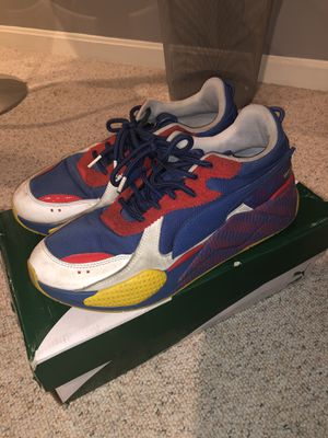 Puma casual running shoes for Sale in Chantilly, VA