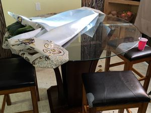 Kitchen Table for Sale in Clovis, CA