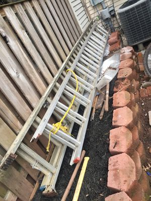 Ladders 24ft (only 24 ft) HEAVY DUTY. for Sale in Centreville, VA