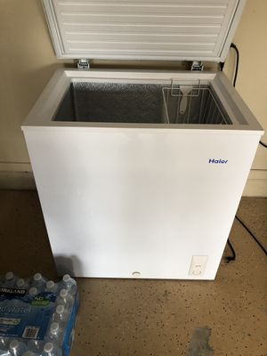 HAIER FREEZER for Sale in Orlando, FL