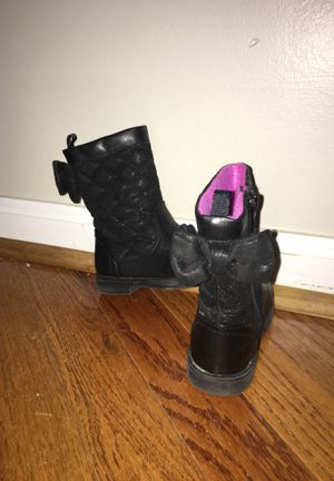 Black boots for little girl for Sale in Franklinton, NC