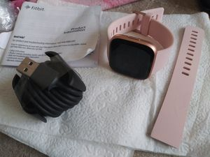 Fitbit Versa Lite Edition Smartwatch for Sale in Tacoma, WA