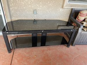 55 inch TV glass stand for Sale in Dinuba, CA