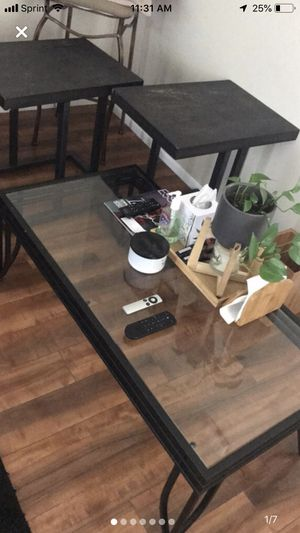 Coffee Table for Sale in Davenport, IA