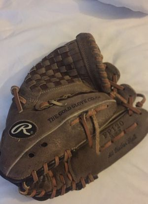 Softball glove for Sale in San Diego, CA