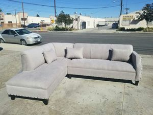 NEW 7X9FT ANNAPOLIS LIGHT GREY FABRIC SECTIONAL CHAISE for Sale in Perris, CA