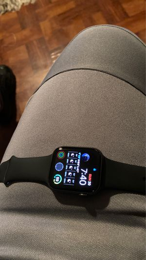iPhone watch 5 for Sale in Bayonne, NJ