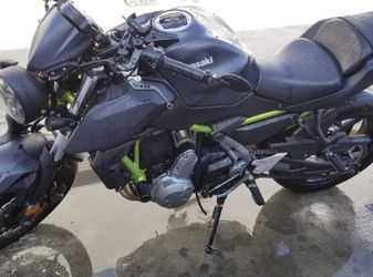 2019 Kawasaki Z 650 CC for Sale in Los Angeles,  CA