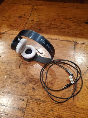 SOL Republic over ear headphone for Sale in Los Angeles, CA