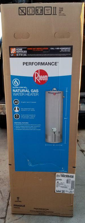 RHEEM 40 GALLON WATER HEATER ....NUEVO.....PRECIO FIJO... for Sale in Los Angeles, CA